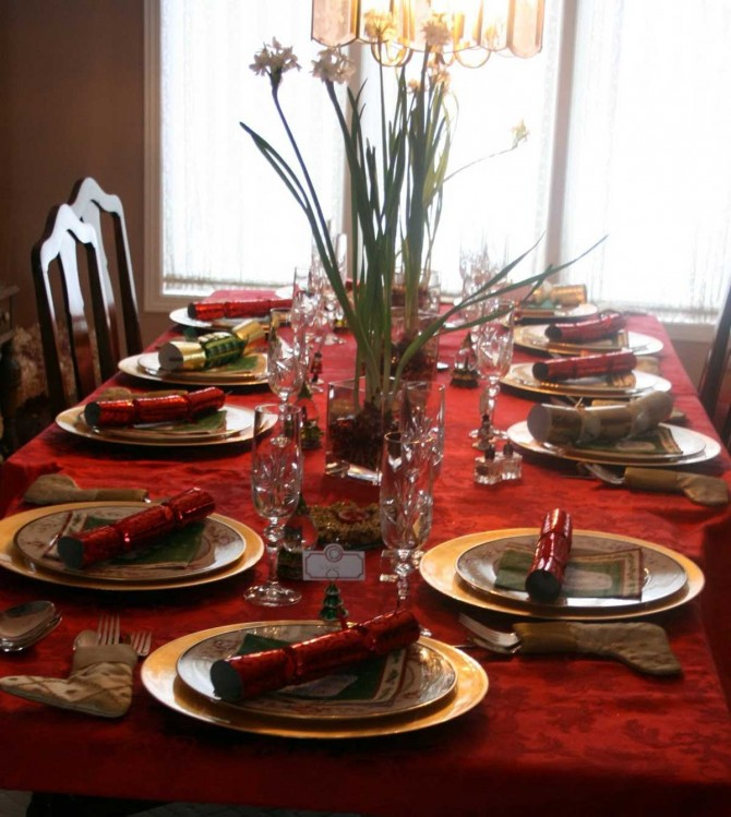25 beautiful new year s eve and christmas table decorations
